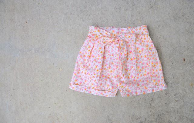 como hacer unos shorts sin patrón