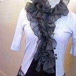 DIY: reciclar un retal de tela y convertirlo en un foulard