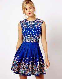 Vestidos-azules-floreados