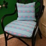 DIY: tapizar una silla con un jersey reciclado